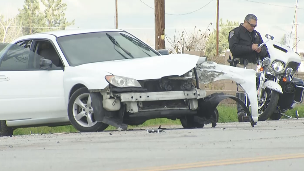 Two injured in hit-and-run near Arvin