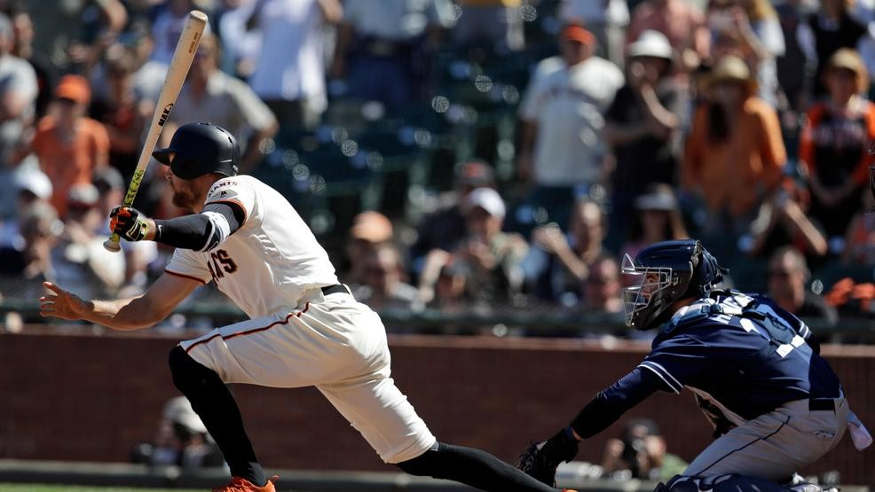 751f50b8f Pence s 2-run double in 11th lifts Giants over Padres 3-2