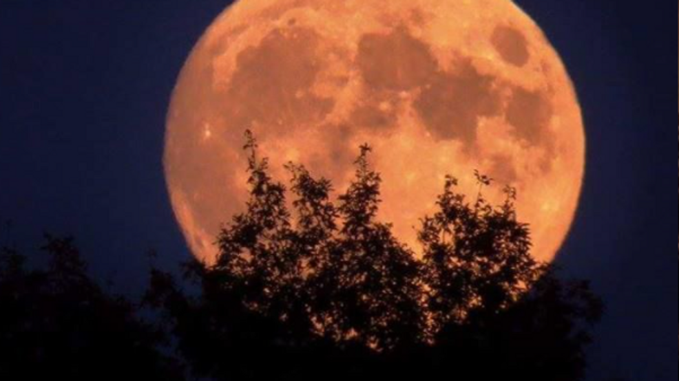 October Will Have Two Full Moons Including Rare Halloween Blue Moon Kbak